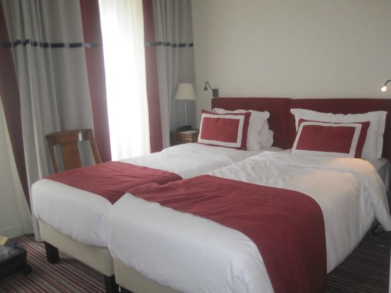 Hotel Parc St. Severin - Esprit de France: Room with two twin beds