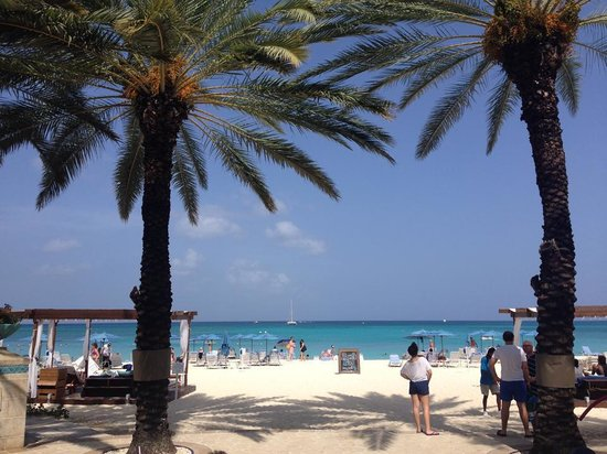 The Westin Grand Cayman Seven Mile Beach Resort & Spa: Last Day: Saying bye to the beautiful Westin Beach front