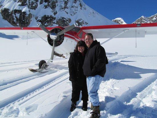 K2 Aviation: Glacier Landing