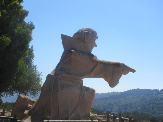 Junipero Serra Statue, San Mateo, Ca