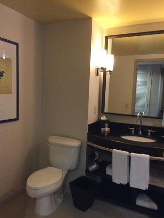 Hyatt Regency Jersey City : Bathroom