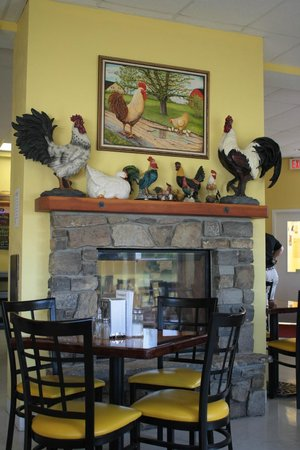 The Roosteraunt: Fun decor