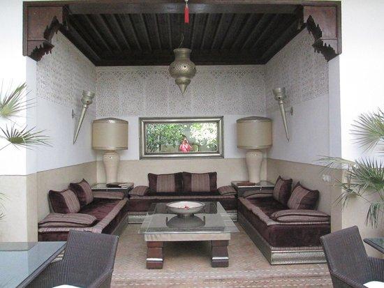 Riad Assakina : lounge area