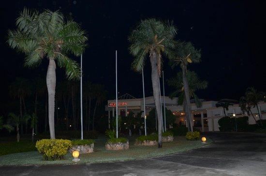 Entrada hotel Sol Cayo Coco