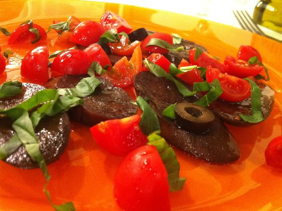 Osteria Ae Cravate : Eggplant and Tomato with olives and basil