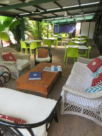 Coral Beach Lodge: chillax area