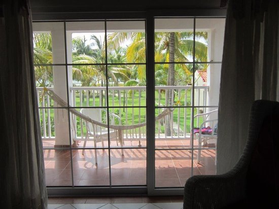 Sol Cayo Guillermo: Room #522 and hammock