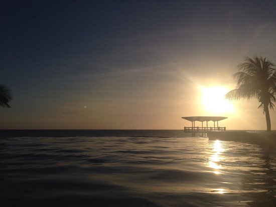 Hilton Curacao: Por do Sol no hotel