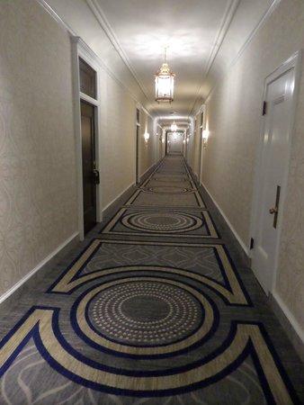 The Fairmont San Francisco: Third Floor Hallway - renovated