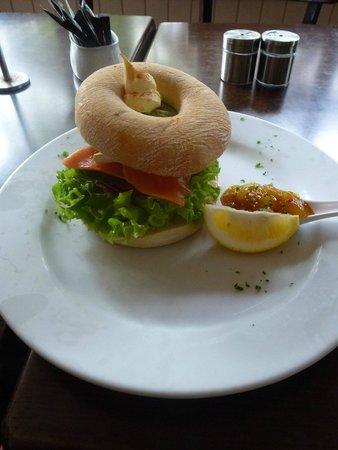 Morris & Jame's Cafe-Bar : Smoked Salmon Bagel-----Delicious.