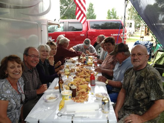 "Mesa Campground : Campground Buddies ""Low Country Boil"" Fun All The Time"