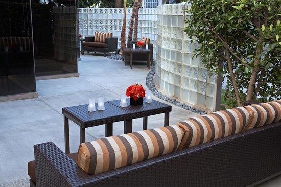 洛杉磯LAX/世紀大道萬怡酒店照片