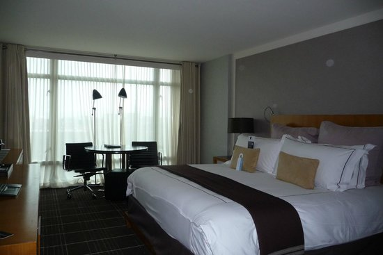 Colonnade Hotel: Room