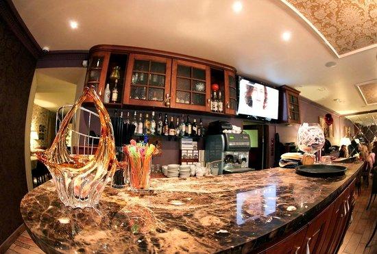 Kristoff Hotel: Restaurant-1