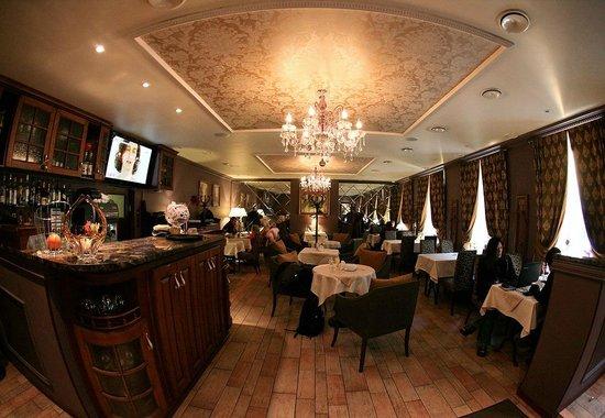 Kristoff Hotel: Restaurant-2