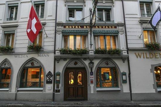 Hotel Wilden Mann: front of hotel