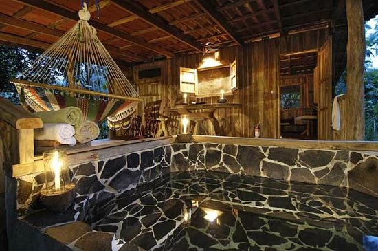 La Carolina Lodge: Back porch cabin Toucan with private hot tub