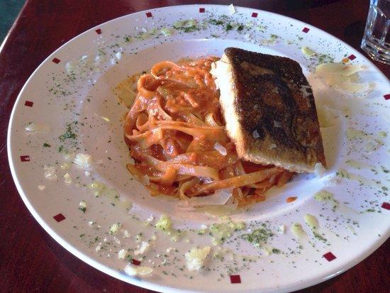 CiaoCristina!: Fettuccine alla vodka, with grilled salmon