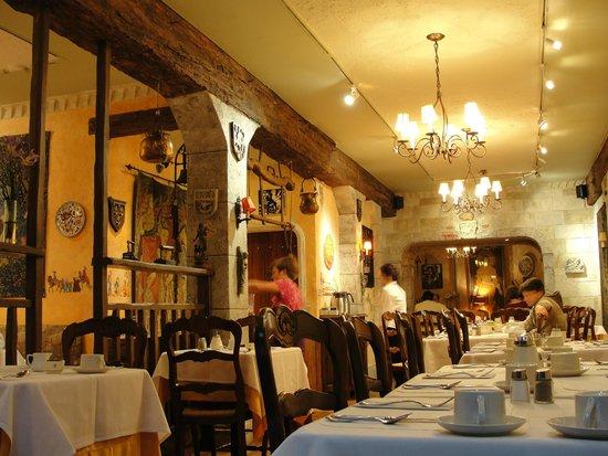 Cornell Hotel de France: Desayuno