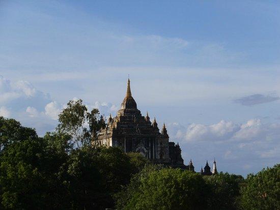 Temples de Bagan : 仏塔 ⑤