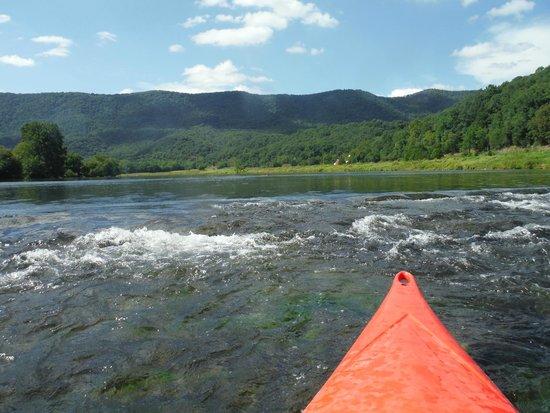 The Downriver Canoe Company: Little riffles were fun