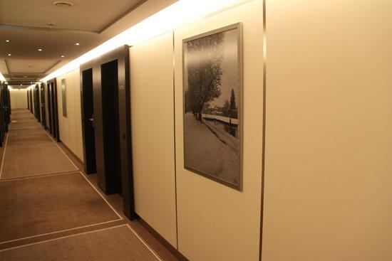 Sheraton Salzburg: Corridor