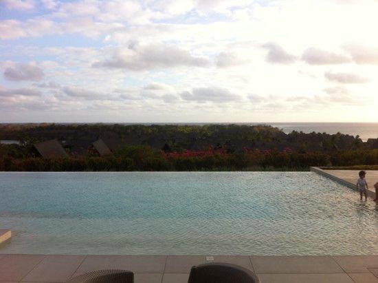 InterContinental Fiji Golf Resort & Spa: Club pool