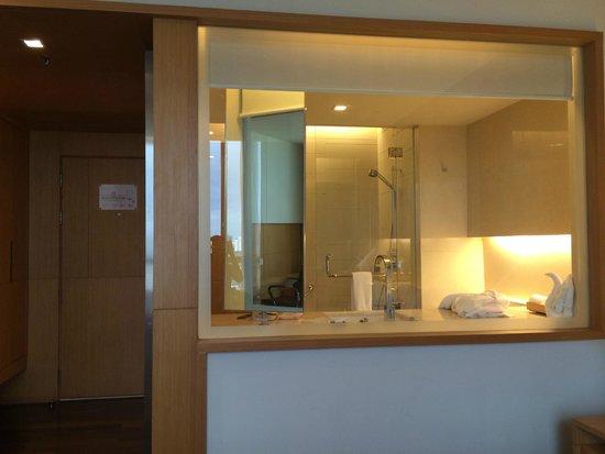 Pathumwan Princess Hotel : Bathroom