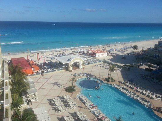 Panama Jack Resorts - Gran Caribe Cancun: View from our executive suite