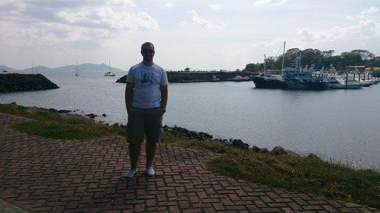 Amador Ocean View Hotel & Suites: Marina muy cercana al hotel (no tenía fotos sobre el hotel en sí)
