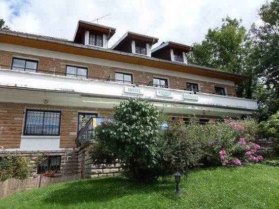 Hôtel Restaurant La Chaumière du Lac : hotel-restaurant