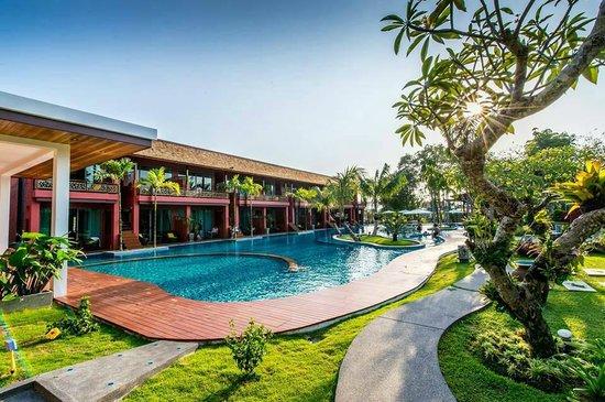 Mai Morn Resort: ห้งพักติดริมสระน้ำ