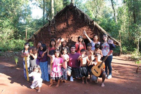 Comunidad Guarani Yriapu - Comunidad Indigena Iriapu: Despedida con la comunidad Guarani