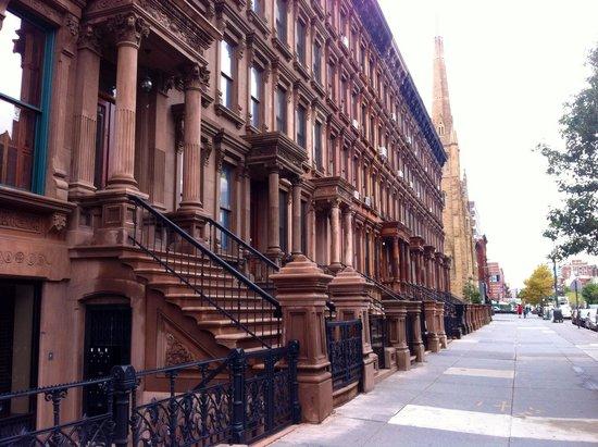 Harlem: Massive block of Brown Stones!