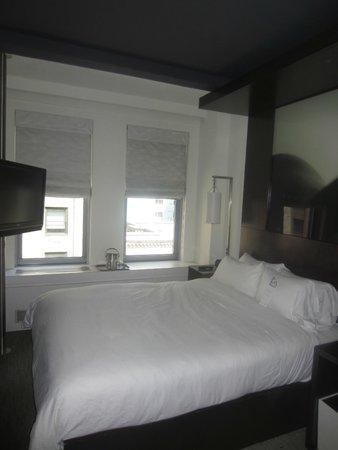 W New York: Room