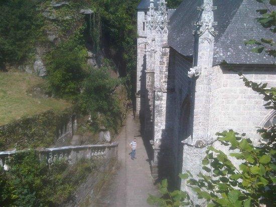 Sainte Barbe : sur l'escalier en granit