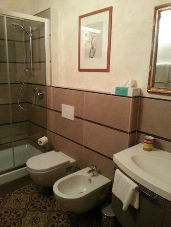 Casa di Annusca: Huge bathroom