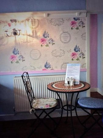 Quirky Little Rooms Beautiful Picture Of Ditchling Tea