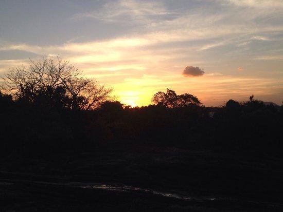 Heritance Kandalama: Evening view