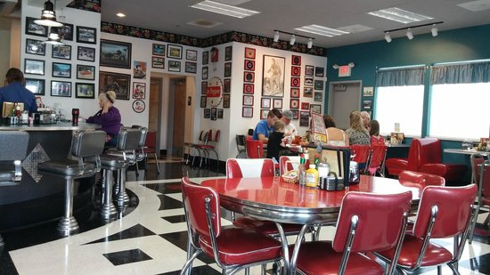 Debby's Diner: The menu is nowhere as extensive as a real diner, but the atmosphere is spot-on.
