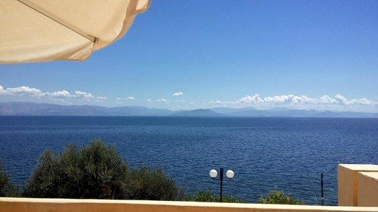 Costa Blu Hotel & Suites: Вид из номера