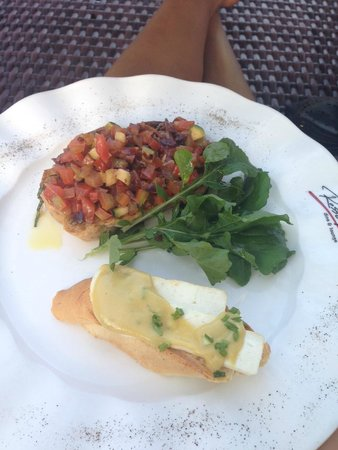 Kuta Seaview Boutique Resort & Spa: Some delicious food from Rosso Vivo
