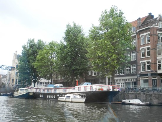 Amsterdam Canal Cruises: Boat Houses