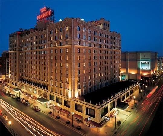 The Peabody Memphis: Huge Historic Landmark