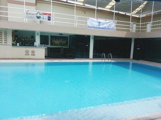 Patio Pacific Boracay: 수영장입니다. 160cm에요