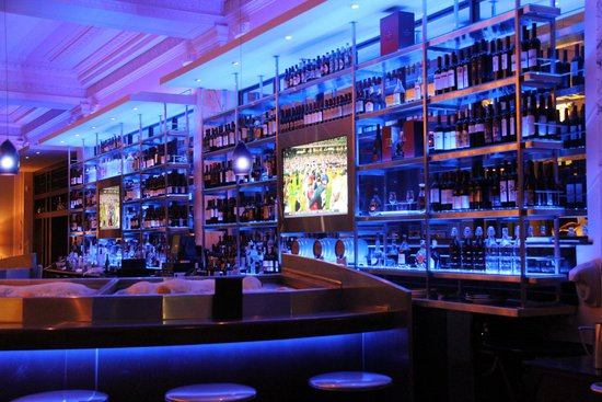 Bar area, The Oceanaire Seafood Room | 40 Court St, Boston, MA ...