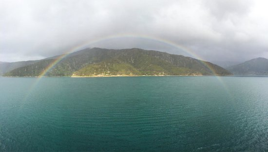 Bluebridge Cook Strait Ferry: Rainbow taken from Bluebridge ferry about 20 minutes out of Picton on the way to Wellington.