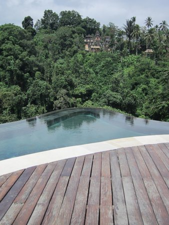 Hanging Gardens of Bali: the main pool area