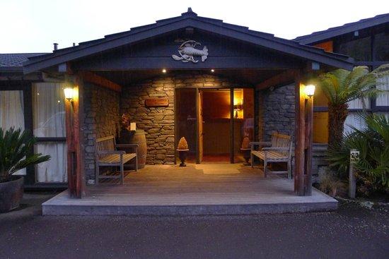 Koura Lodge : Entrance to the Lodge