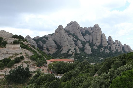 Barcelona Turisme - Afternoon in Montserrat Tour : Montserrat Mountain